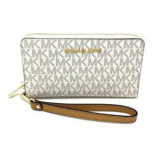 Michael Kors Jet Set Travel Large Wallet Vanilla